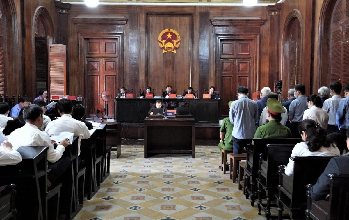 Toàn cảnh phiên tòa sáng nay (24/11)