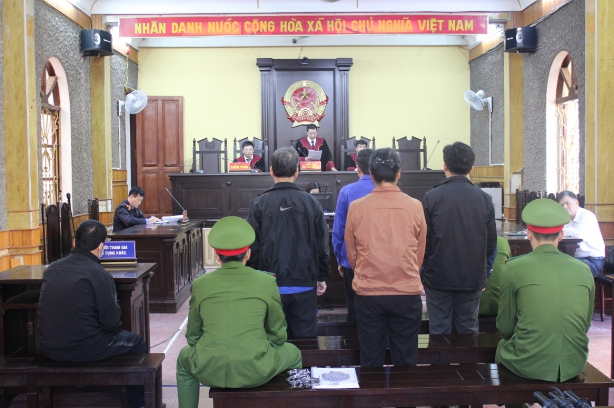 Tòa phúc thẩm tuyên y án sơ thẩm các bị cáo vụ gian lận thi cử Sơn La
