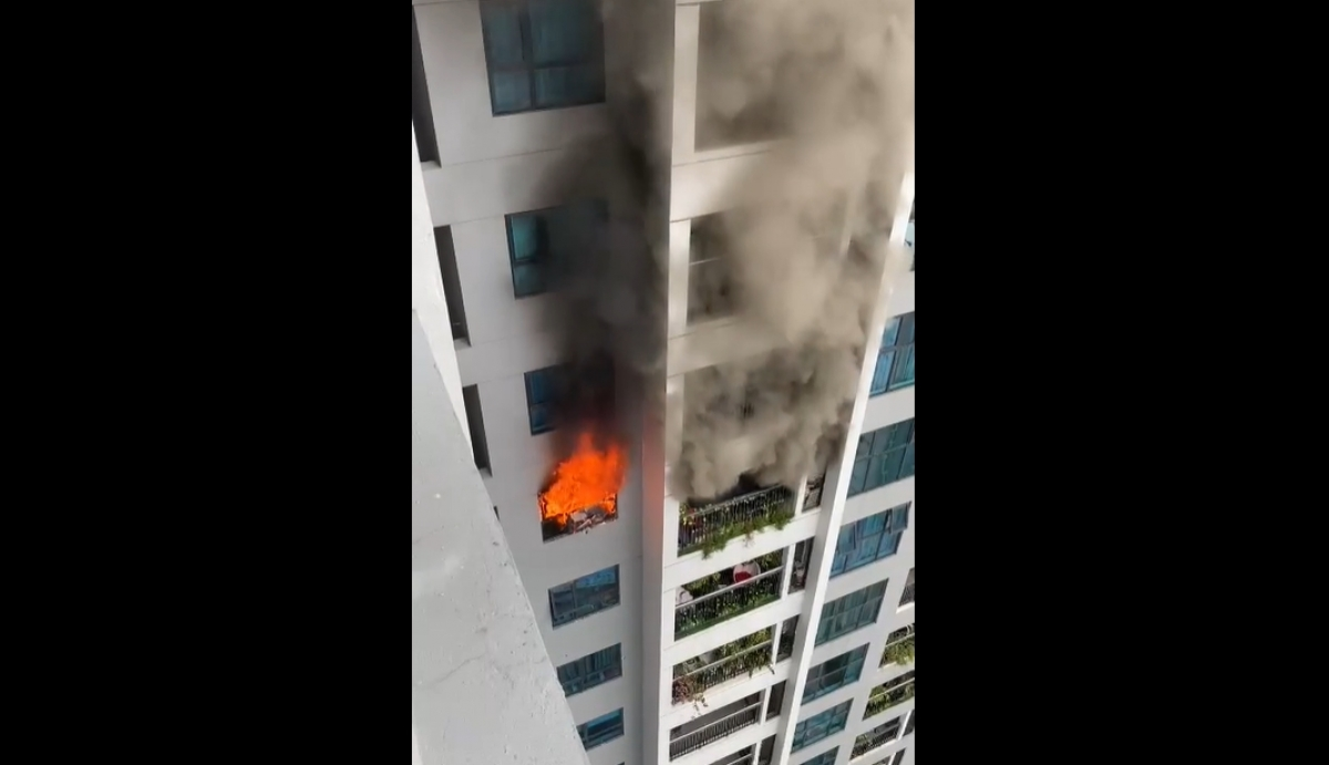 Hỏa hoạn xảy ra tại tầng 29 khiến nhiều người một phen khiếp vía.