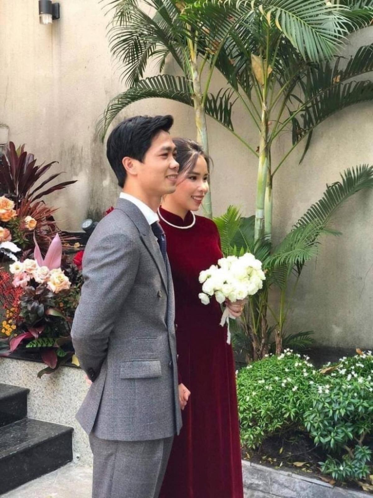 Công Phượng và Viên Minh hạnh phúc trong lễ cưới tại tư gia