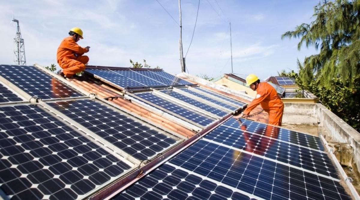 Đến 2025, Hà Nội lắp đặt đồng bộ điện mặt trời mái nhà (Ảnh minh họa: KT)