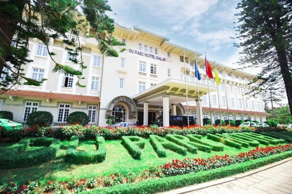 Built in the style of an old-colonial French villa, Du Parc Hotel Da Lat is a reminder of the days when Da Lat was the mountain playground for French families trying to escape the heat of Saigon.