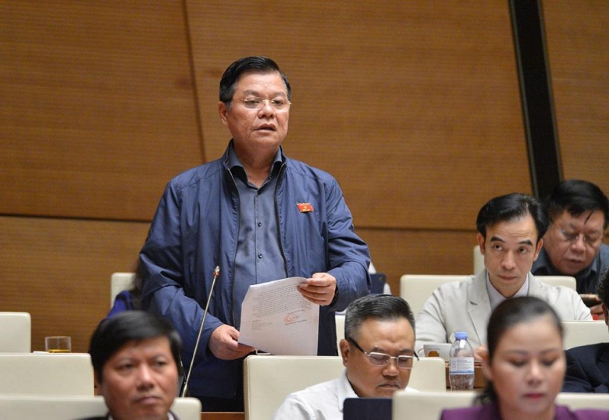 Đại biểu Đào Thanh Hải – Phó Giám đốc Công an TP Hà Nội phát biểu trên Hội trường. Ảnh: Quốc hội