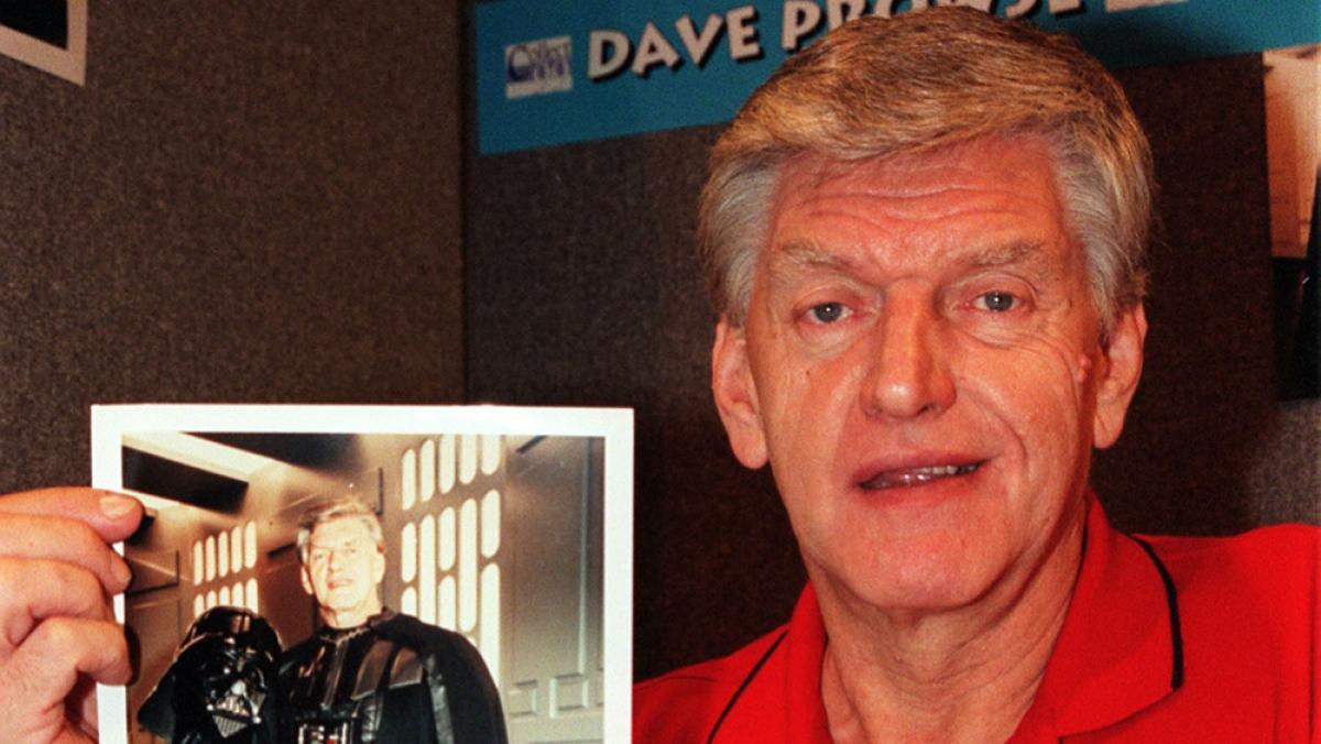 David Prowse - người đàn ông sau chiếc mặt nạ của Darth Vader. Nguồn: AP