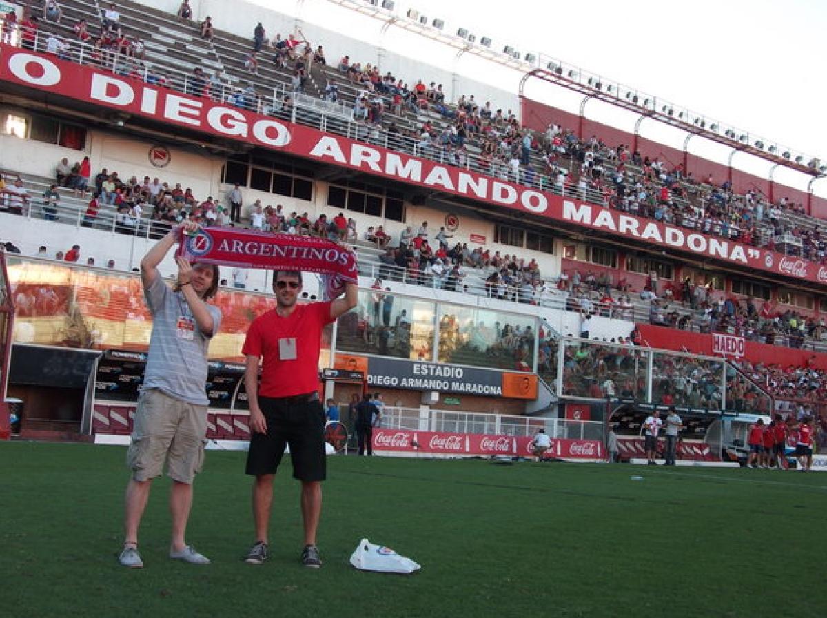 "Sân nhà của đội bóng Argentinos Juniors, với tên gọi ""Estadio Diego Armano Maradona"". Nguồn: privatetourguidebuenosaires.com"