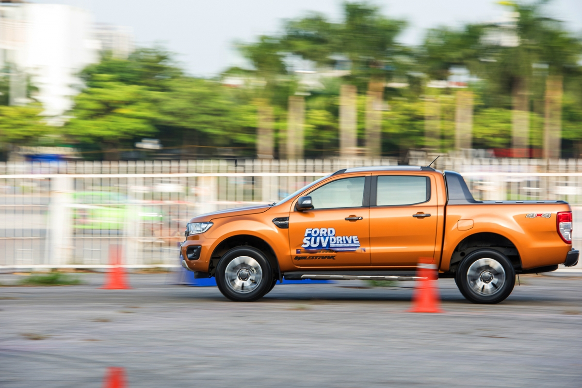 Để có được chiếc xe có được không gian yên tĩnh trên các cung đường khác nhau,tập đoàn Ford không ngừng đầu tư và tinh chỉnh công nghệ NVH trên các dòng xe của hãng.
