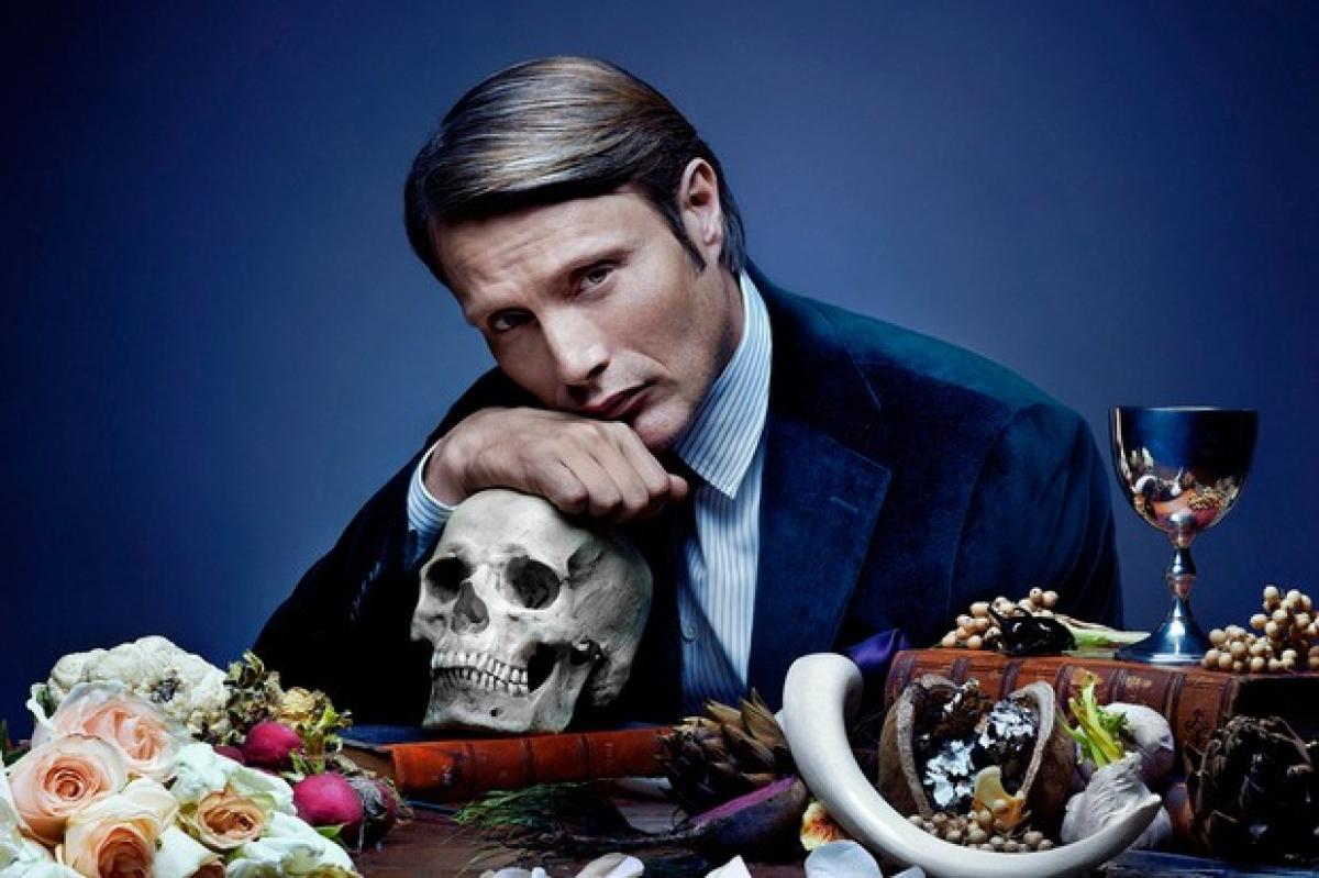 """Mads Mikkelsen nổi tiếng với loạt phim truyền hình kinh dị """"Hannibal""""."""