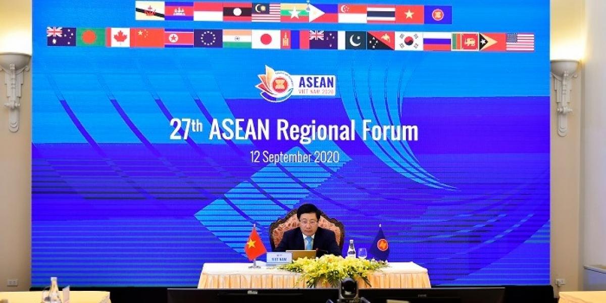 Phó Thủ tướng, Bộ trưởng Bộ Ngoại giao Việt Nam Phạm Bình Minh đã chủ trì Hội nghị Bộ trưởng Ngoại giao ASEAN lần thứ 27.