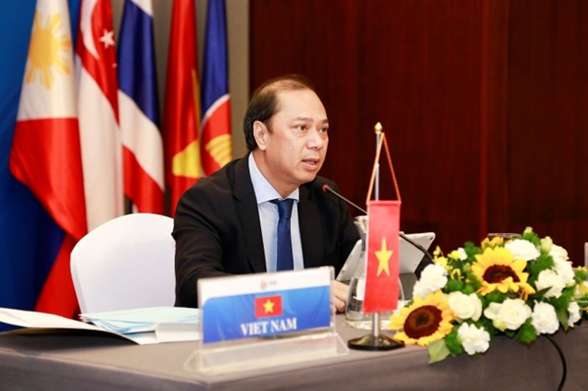 Thứ trưởng Bộ Ngoại giao Nguyễn Quốc Dũng. (Ảnh: Rasmei)