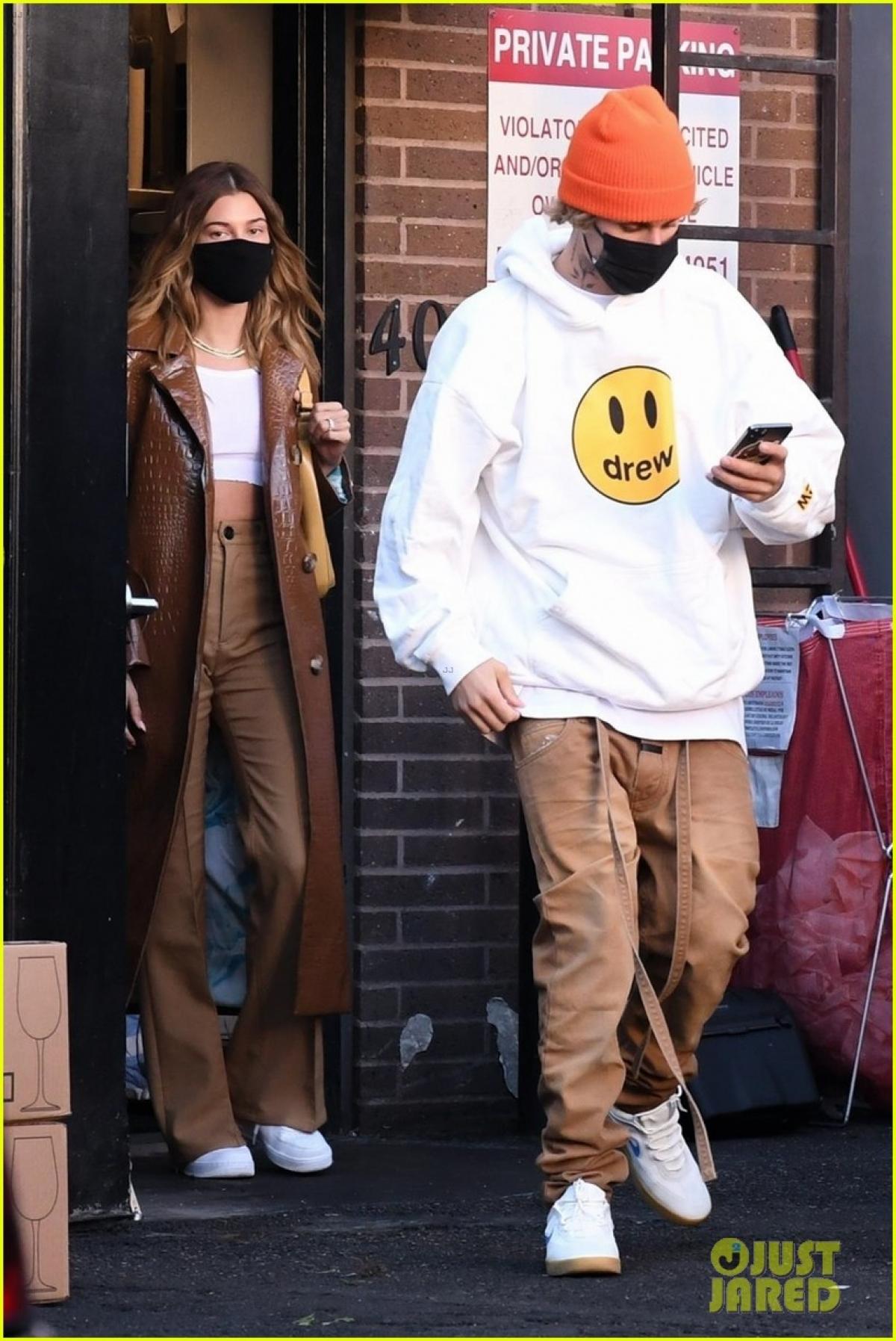 Trong loạt phim, Justin Bieber chia sẻ về nỗi đau của mình cùng những mối quan hệ không lành mạnh trong quá khứ. Đồng thời, anh cũng đề cập về cách đối mặt và vượt qua chúng.