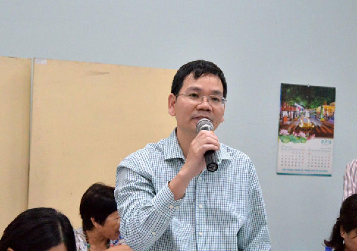 Tiến sỹ Huỳnh Thế Du cho rằng TPHCM cần một nguồn lực khổng lồ từ bên ngoài để phát triển giao thông.
