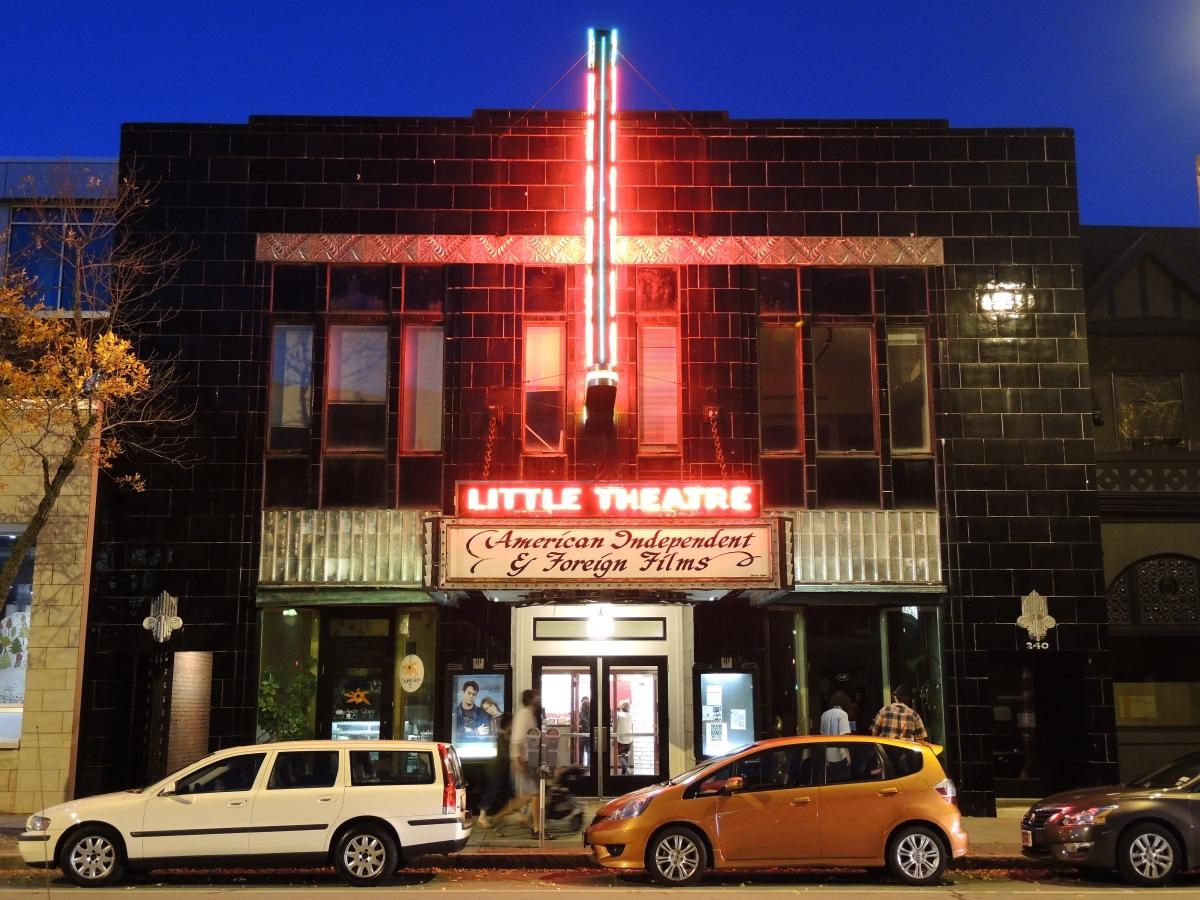 Một số rạp chiếu phim ở nước ngoài dành cho những bộ phim độc lập.