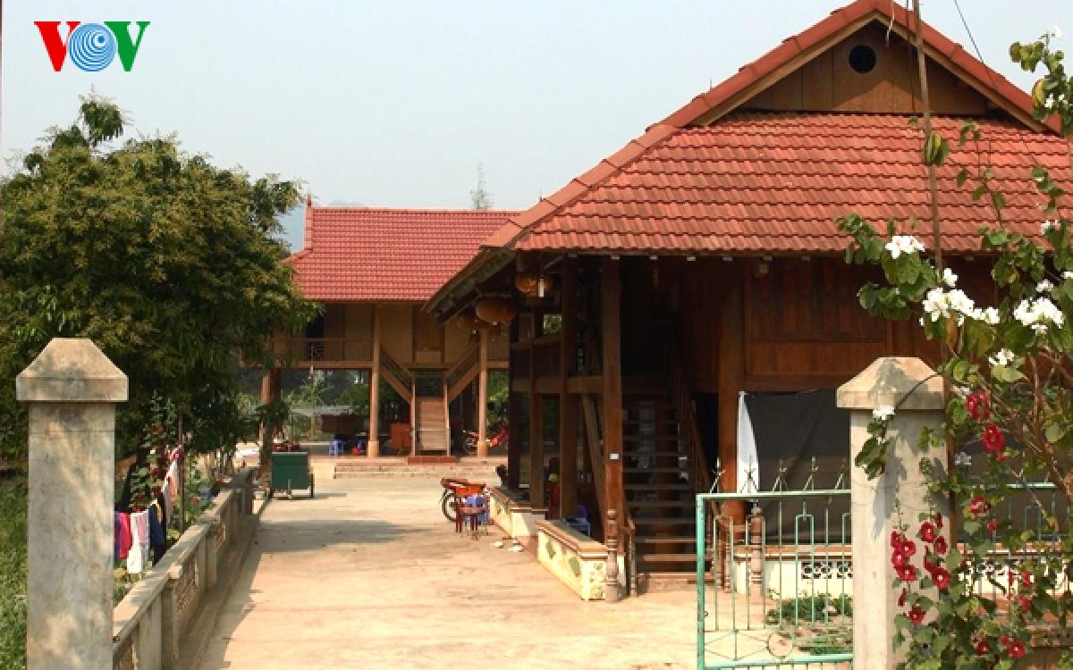 Mộc Châu hiện có nhiều nhà nghỉ cộng đồng đẹp và mang đậm bản sắc văn hóa Thái.