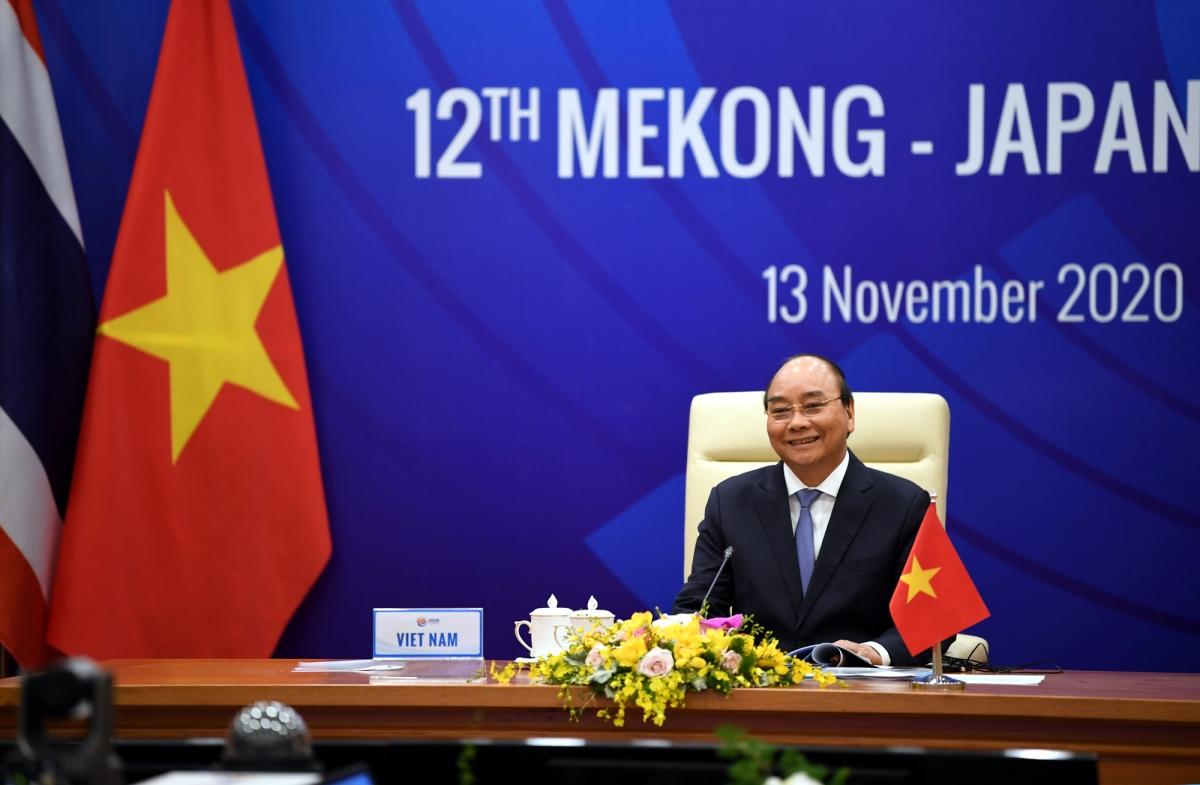 Thủ tướng Nguyễn Xuân Phúc bày tỏ tin tưởng về hợp tác Mekong-Nhật Bản trong đối phó với đại dịch Covid-19 và thúc đẩy phát triển kinh tế-xã hội.