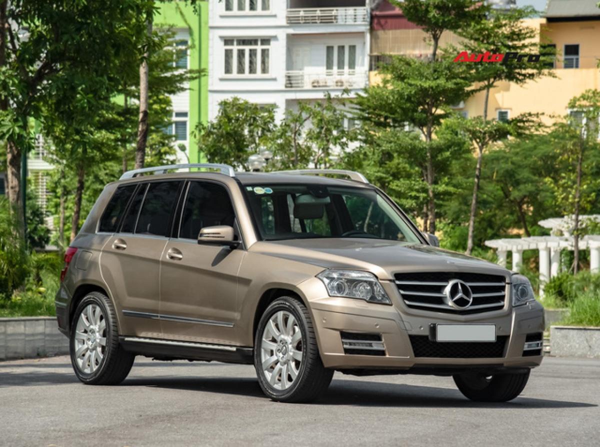 Mercedes-Benz GLK 300 4Matic thuộc diện triệu hồi lần này.