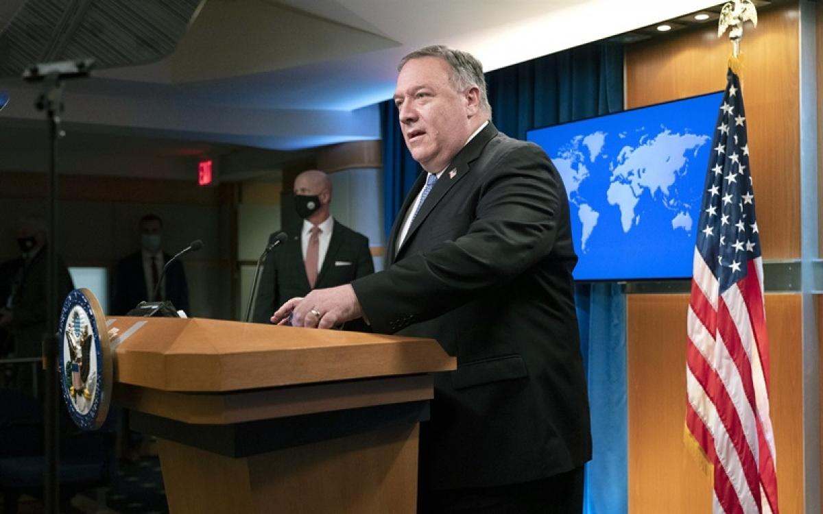 Ngoại trưởng Mỹ Mike Pompeo tại cuộc họp báo hôm 10/11/2020 ở Washington. Ảnh: AP.