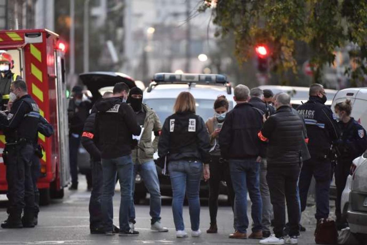 Nước Pháp đang trong tình trạng cảnh giác cao nhất đối với nguy cơ khủng bố (Ảnh: Le Monde).