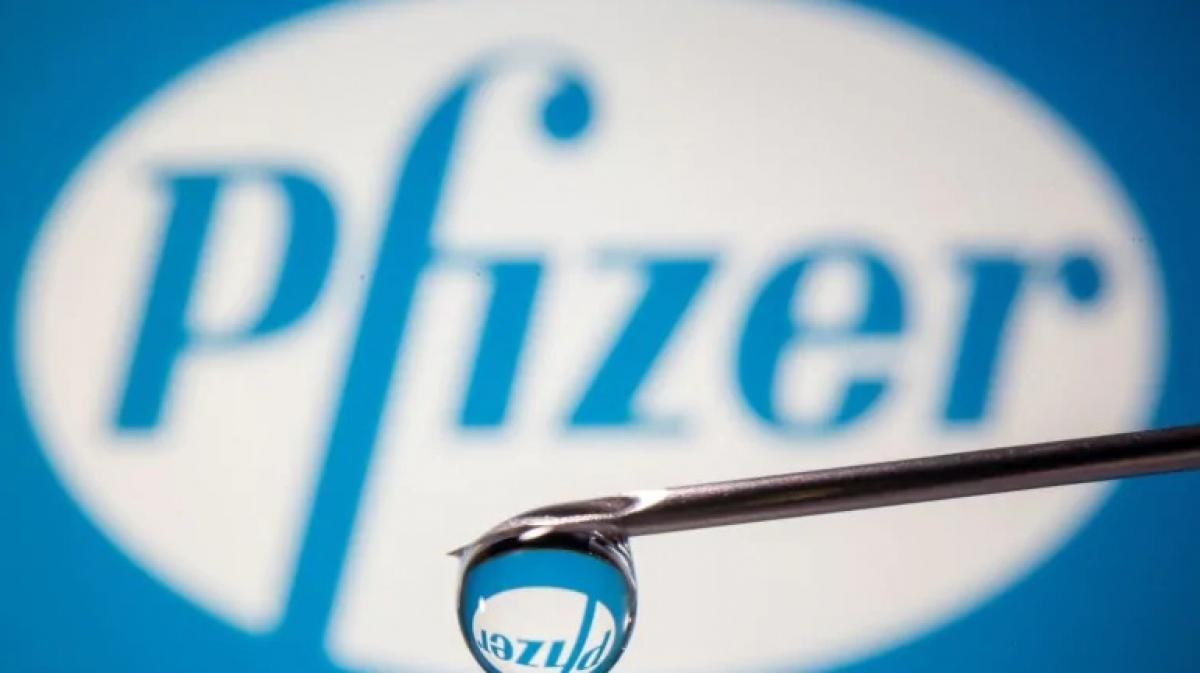 Pfizer của Mỹ và đối tác BioNTech của Đức đã đăng ký xin cấp phép sử dụng khẩn cấp vaccine ngừa-Covid-19 tại Mỹ. (Ảnh: Reuters)