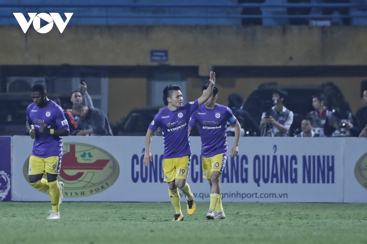 Quang Hải giúp Hà Nội FC tạo ra bước ngoặt trước Sài Gòn FC. (Ảnh: Minh Hoàng)