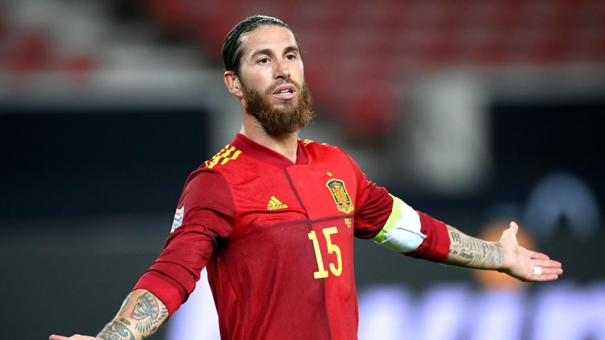 Sergio Ramos đang có cơ hội để trở thành cầu thủ có số lần khoác áo ĐTQG nhiều nhất thế giới bóng đá. (Ảnh: Getty).