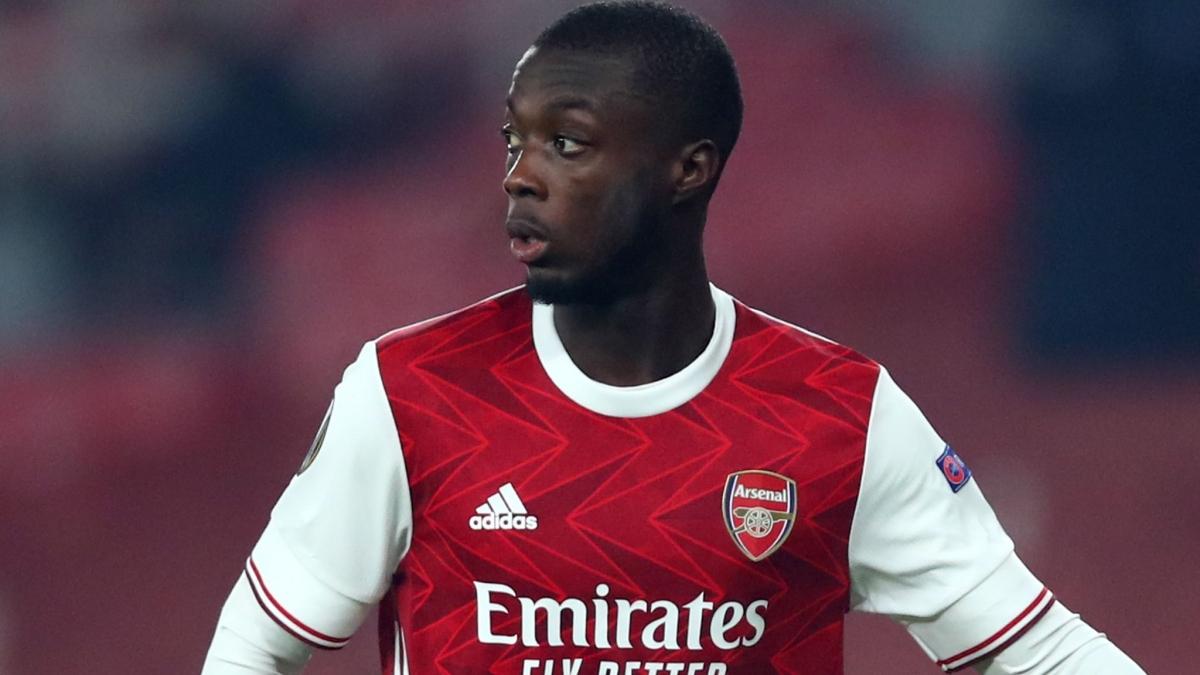 Pepe bức xúc khi mới chỉ có 1 lần đá chính cho Arsenal kể từ đầu mùa. (Ảnh: Sky).