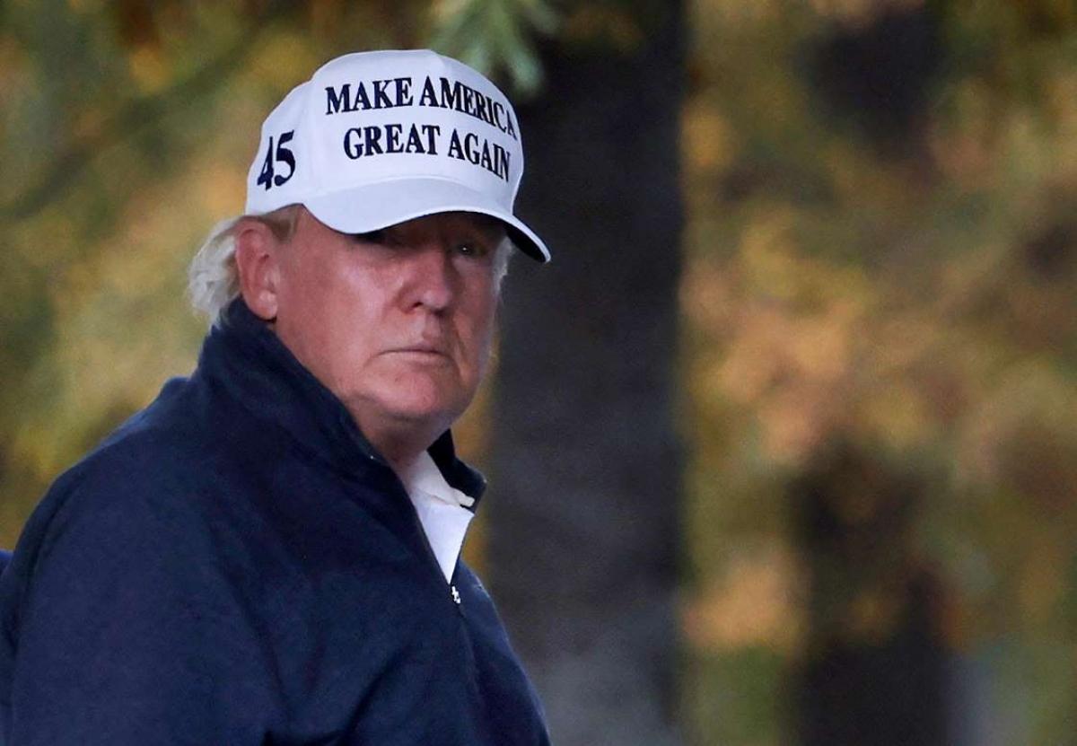 Tổng thống Mỹ Donald Trump quay lại Nhà Trắng sau khi truyền thông tuyên bố ứng viên đảng Dân chủ Joe Biden đắc cử Tổng thống. Ảnh: Reuters