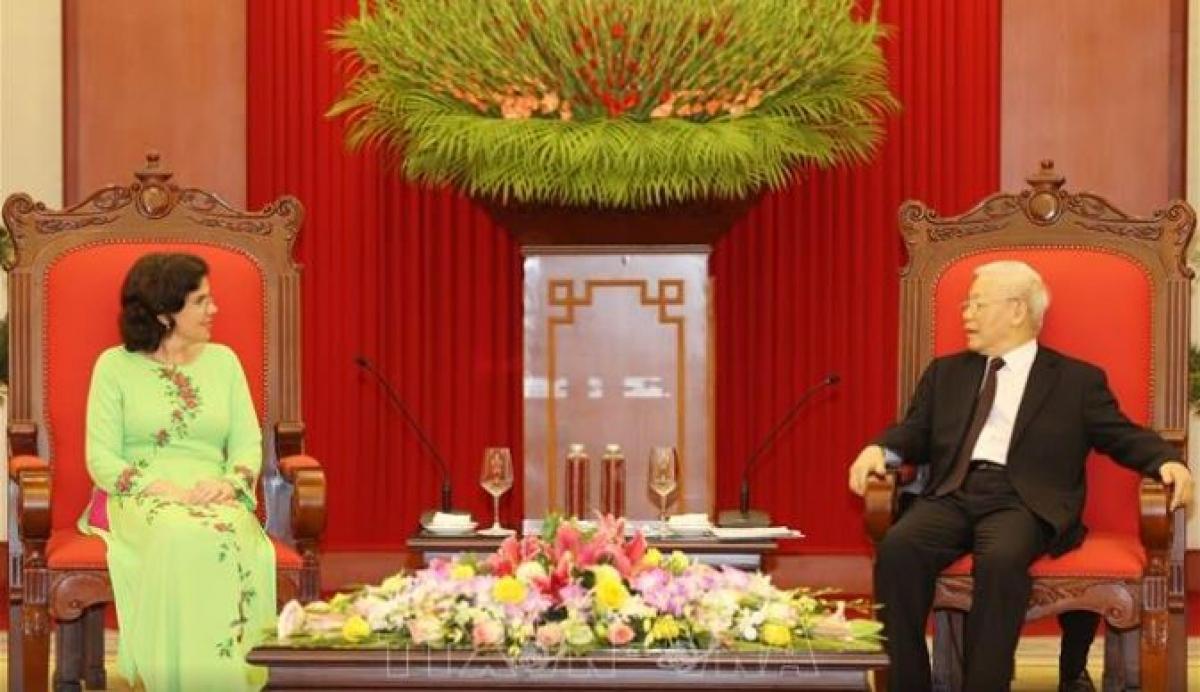 Tổng Bí thư, Chủ tịch nước Nguyễn Phú Trọng tiếp Đại sứ Cuba. Ảnh: TTXVN.