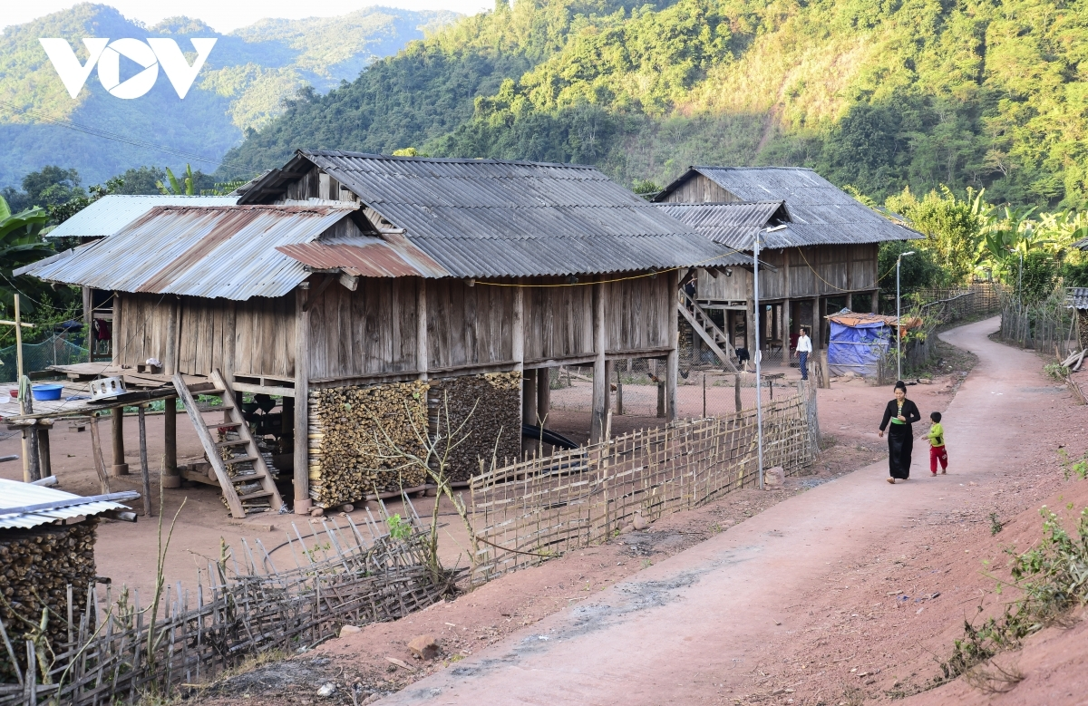 La Cha hamlet in Pa Tan commune is one of the major hubs of the Cong ethnic people in Dien Bien province.