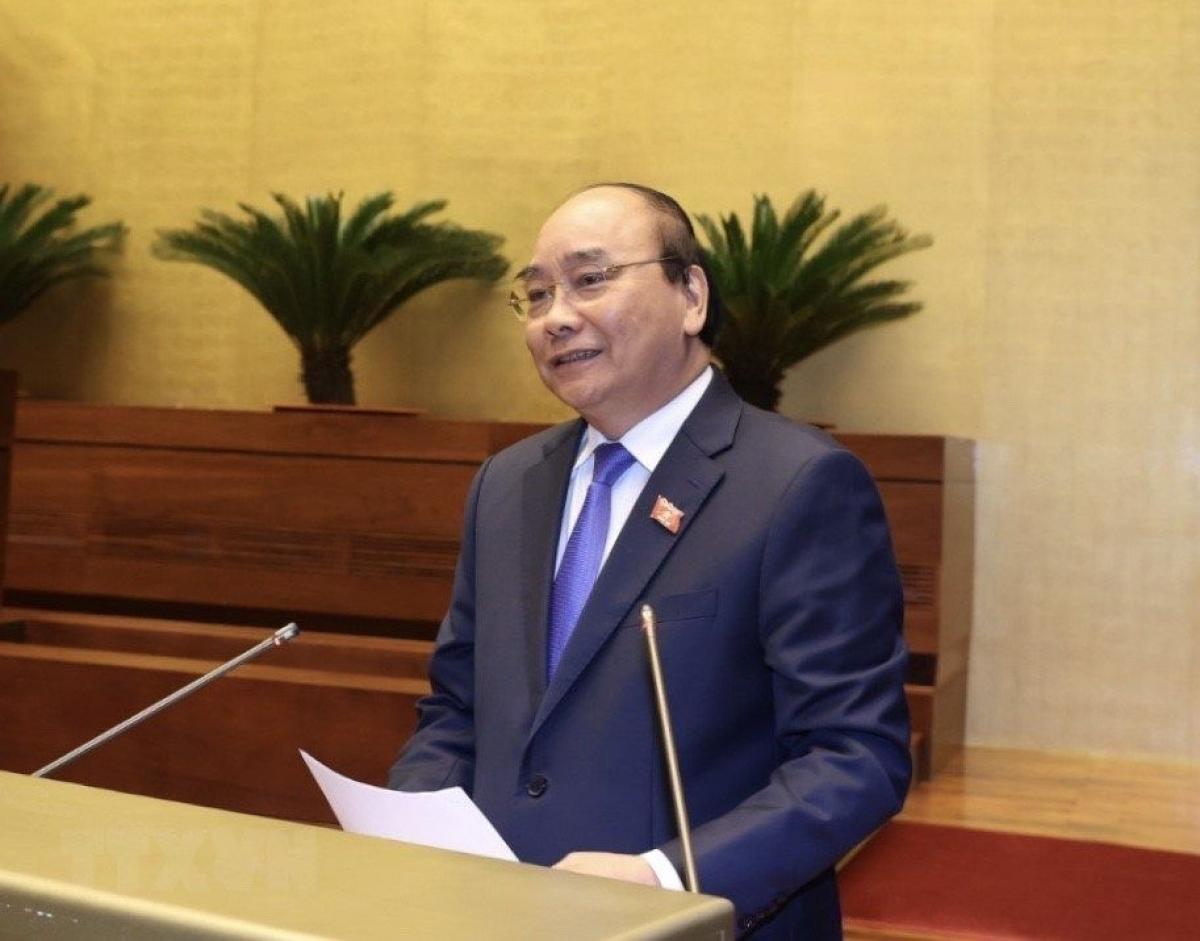Thủ tướng Nguyễn Xuân Phúc trả lời chất vấn trước Quốc hội tại Kỳ họp thứ 10. Ảnh: TTXVN
