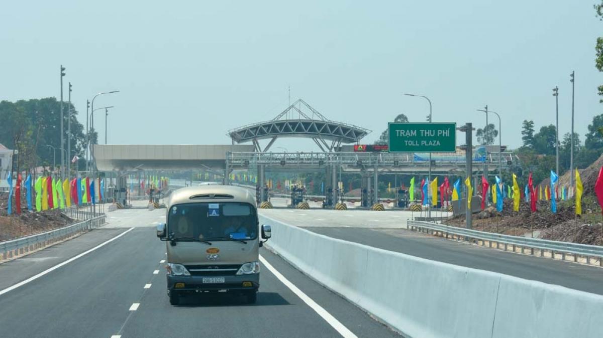 Trạm thu phí trên cao tốc Bắc Giang-Lạng Sơn.