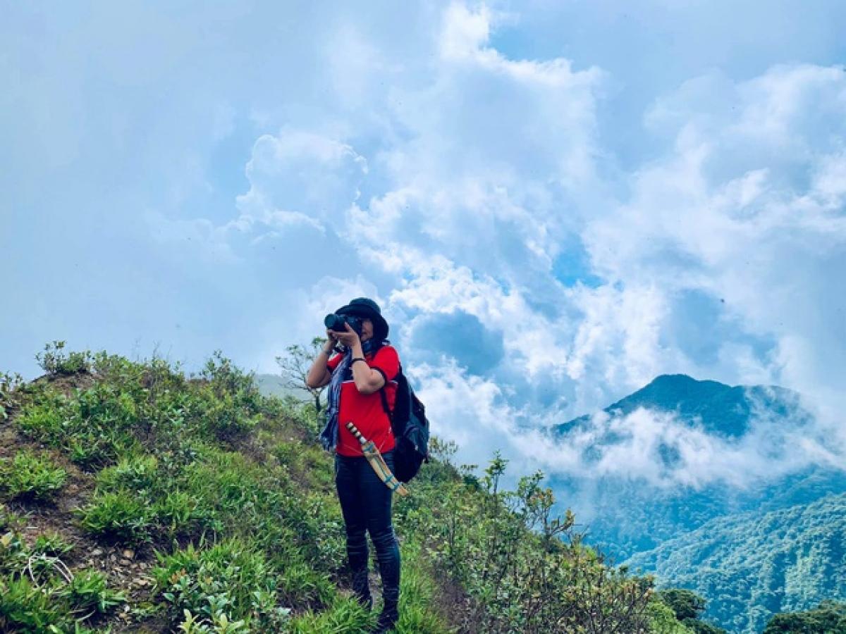 Những bài viết chia sẻ về các chuyến đi của cô Vân được nhiều bạn trẻ biết đến và yêu thích. Cô cảm thấy vui, hạnh phúc vì hành trình khám phá đất nước của mình đã truyền cảm hứng rộng rãi tới mọi người.