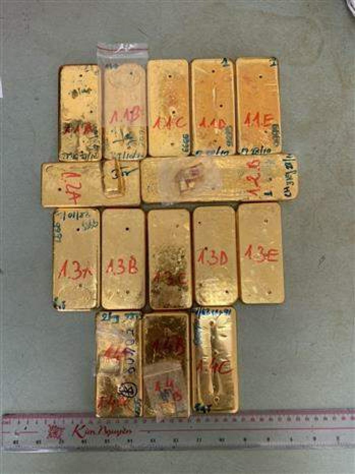 Theo kết quả giám định của Viện khoa học hình sự Bộ Công an, 51 kg kim loại màu vàng vận chuyển trái phép qua biên giới bị Công an tỉnh An Giang bắt giữ vào ngày 30/10/2020 là vàng 9999 không lẫn tạp chất.