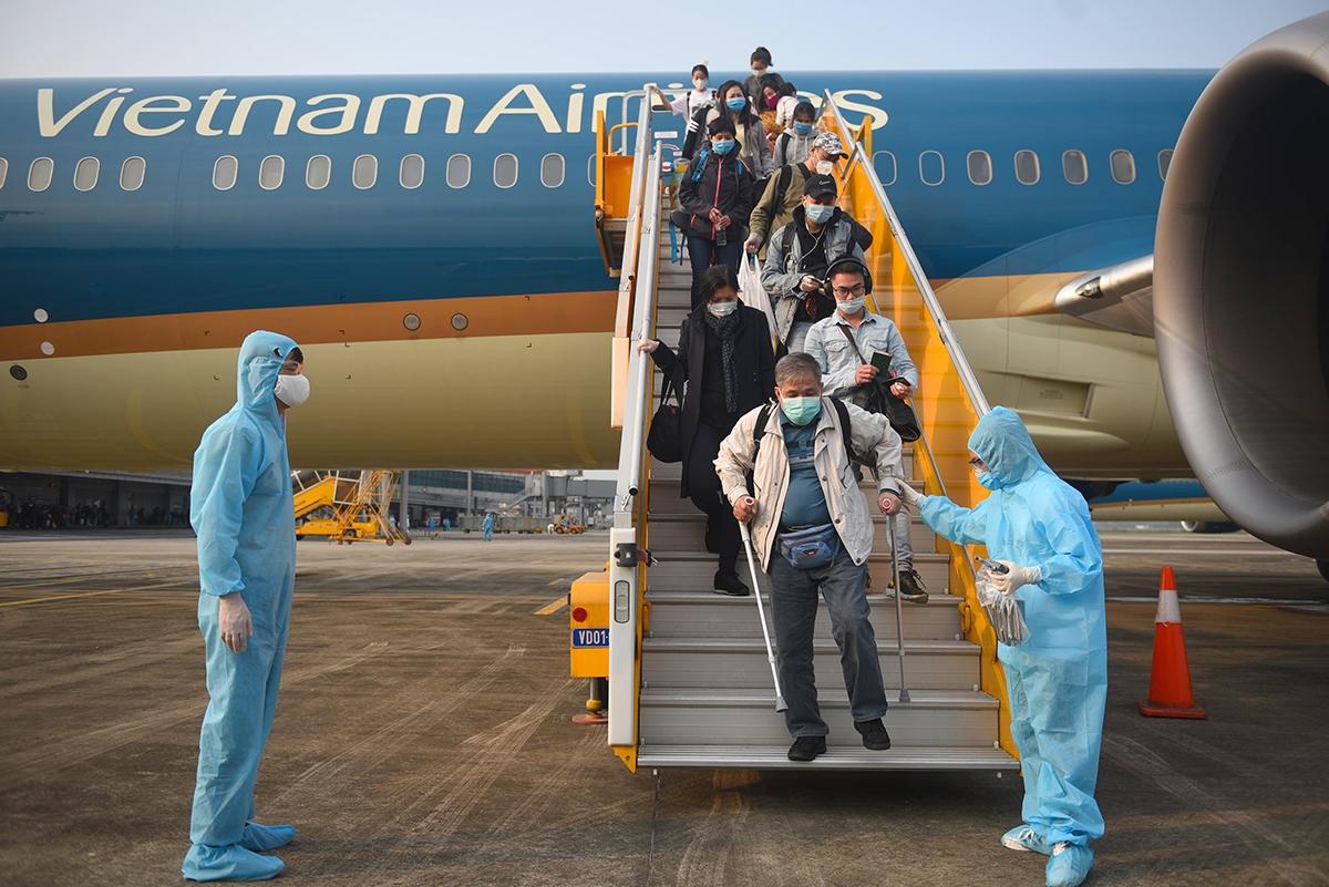 Sau khi dịch Covid-19 bùng phát, Quảng Ninh đã đón tới 144 chuyến về Vân đồn với tổng số hơn 30 nghìn khách.