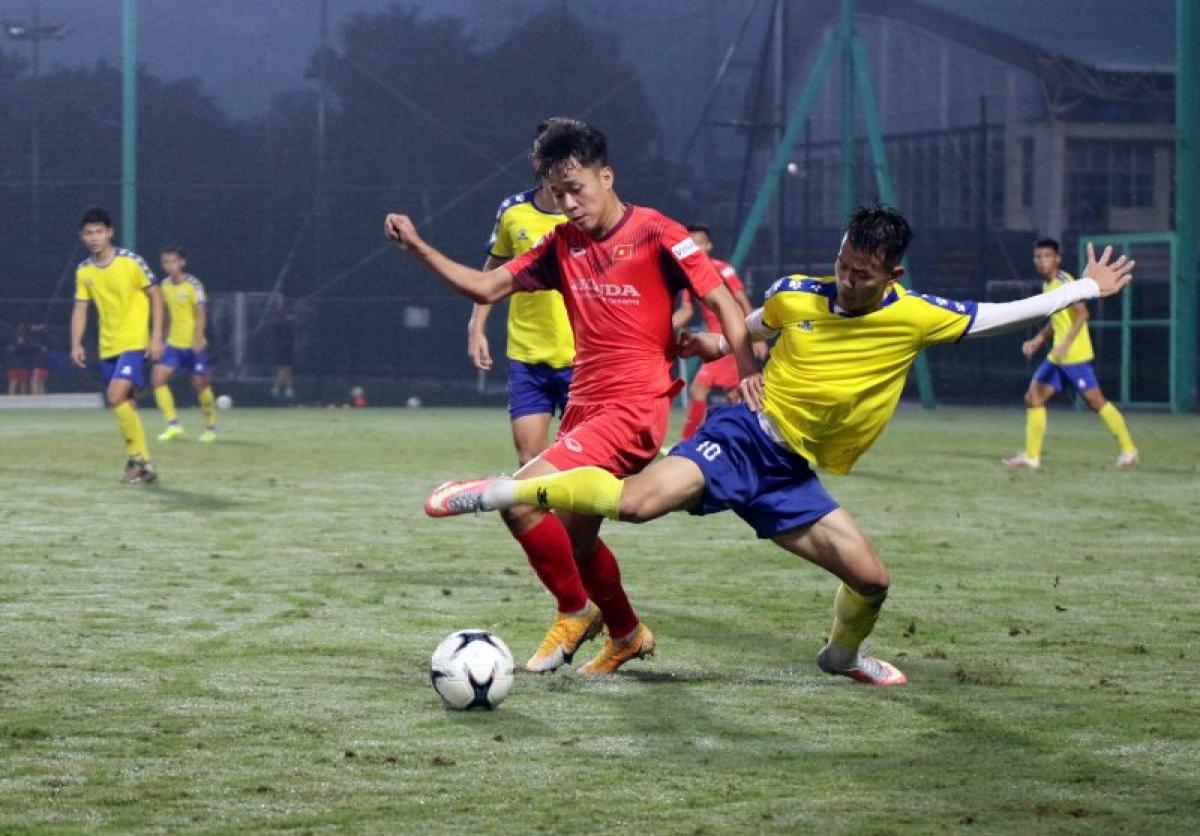U22 Việt Nam đánh bại U21 Nam Định 4-0 trong trận giao hữu cuối cùng ở đợt tập trung tháng 11. (Ảnh: VFF).