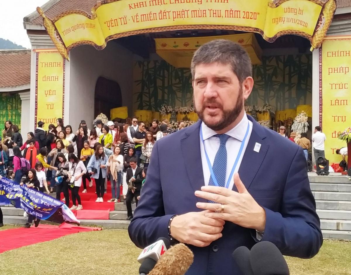 Ông Michael Croft -Trưởng Đại diện UNESCO tại Việt Nam cho biết: Những giá trị về tự nhiên và văn hóa của Yên Tử cần được đánh giá đúng tầm để được bảo vệ và phát huy những giá trị không phải nơi đâu cũng có.