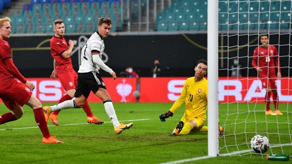 ĐT Đức nhọc nhằn đánh bại CH Séc bằng đội hình gồm nhiều cầu thủ lạ lẫm. (Ảnh: Getty).
