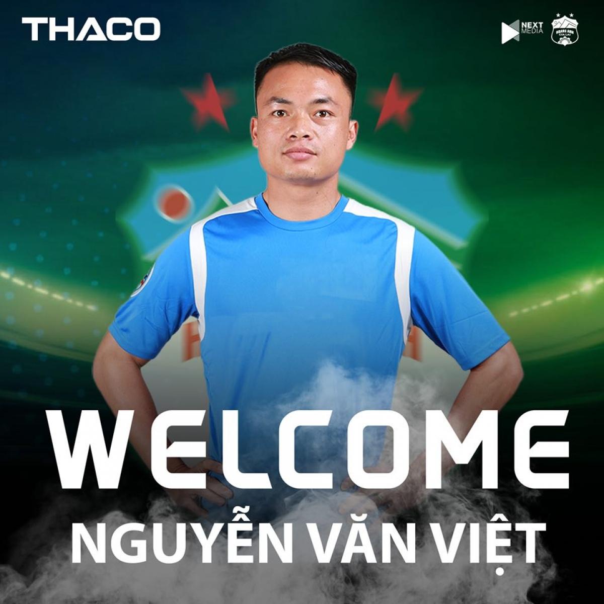 HAGL ra mắt trung vệ Văn Việt. (Ảnh: HAGL).