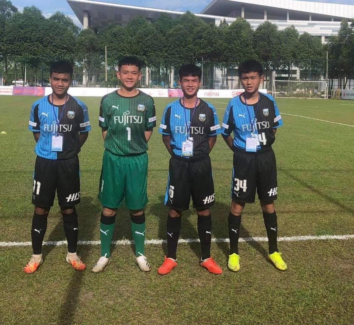 4 cầu thủ U13 HAGL khoác áo U13 Kawasaki Frontale (Nhật Bản) tham dự Giải bóng đá Quốc tế Việt Nam - Nhật Bản 2020. (Ảnh: A.N).