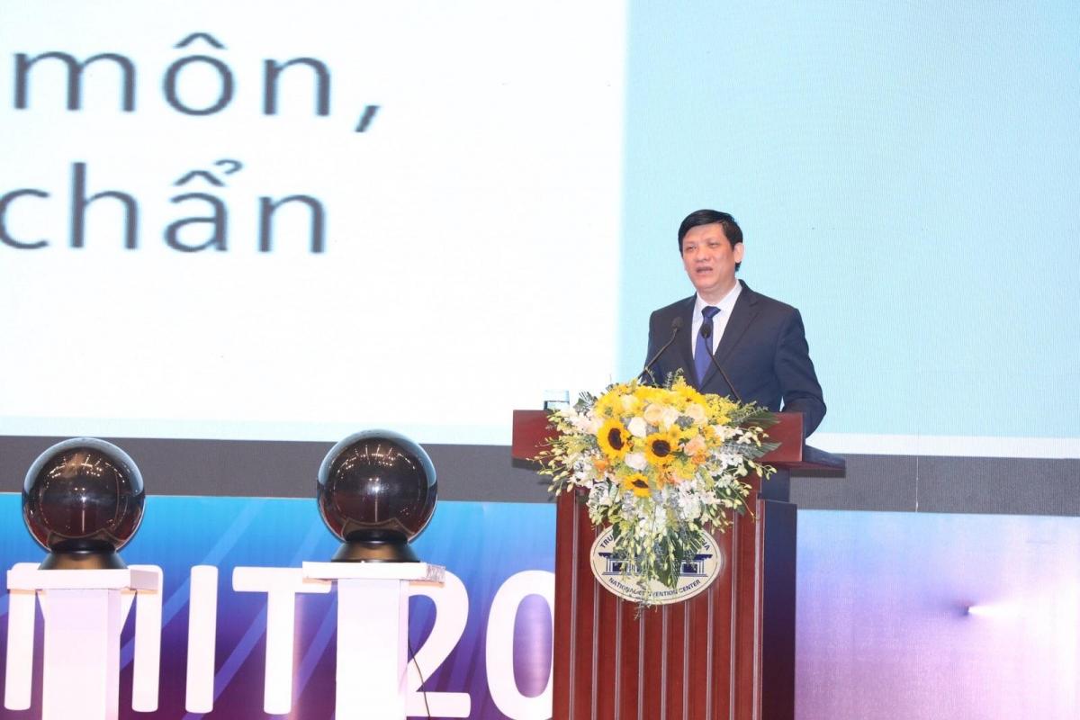 GS.TS Nguyễn Thanh Long, Bộ trưởng Bộ Y tế phát biểu tại hội nghị.