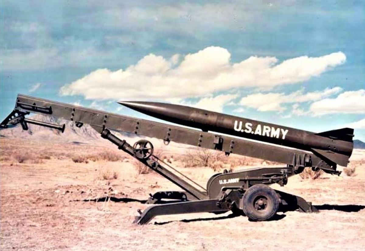 Tên lửa hạt nhân chiến thuật MGR-3 Little John của Mỹ. Nguồn: wikipedia.org
