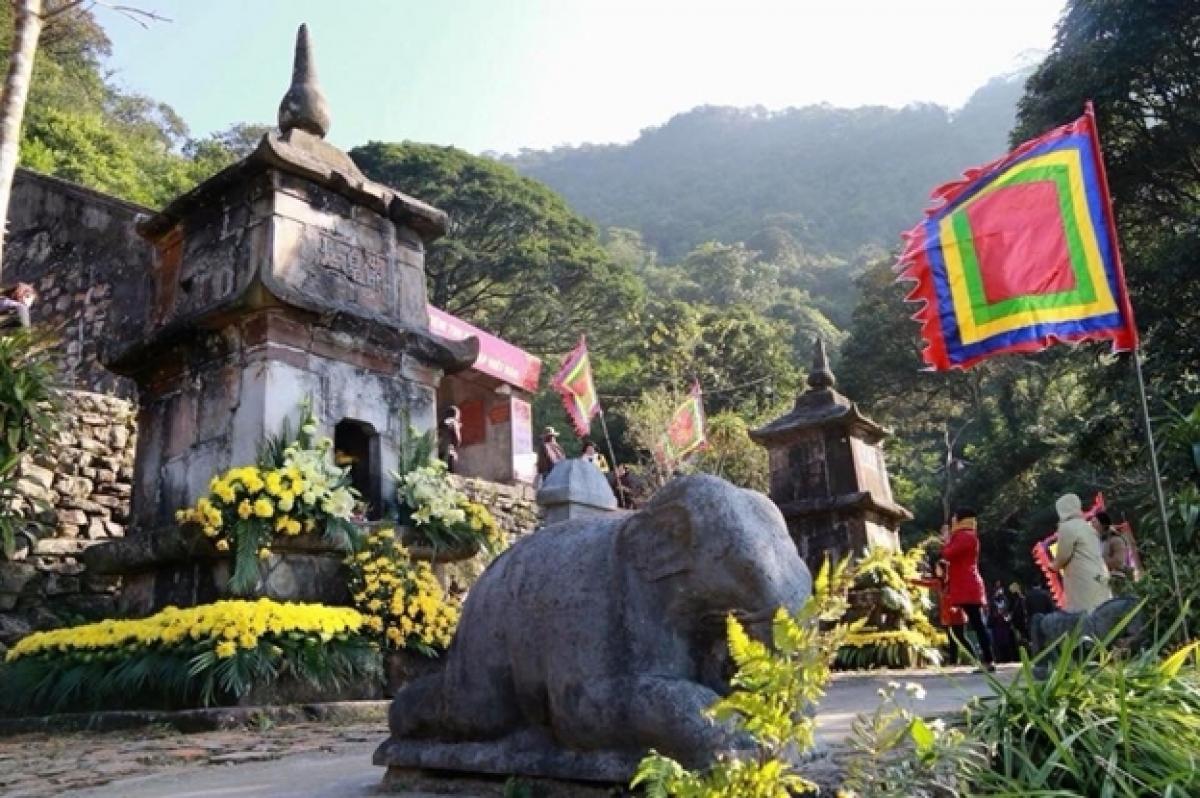 Ngọa Vân giờ đây đang được đánh thức cùng với những giá trị to lớn của di tích, là một trong những điểm du lịch nổi bật của vùng đất Đông Triều.
