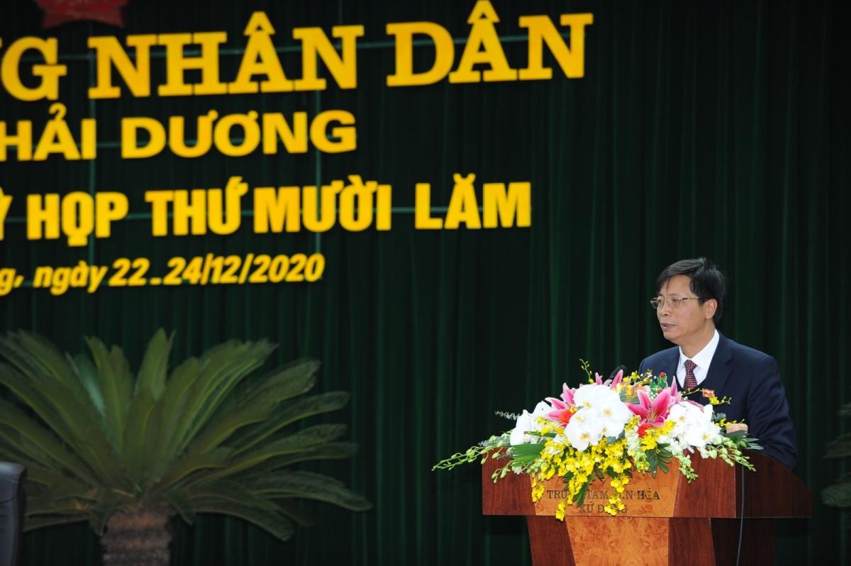 Đại biểu Đồng Dũng Mạnh, Bí thư Huyện ủy, Chủ tịch HĐND huyện Thanh Miện phát biểu tại kỳ họp.