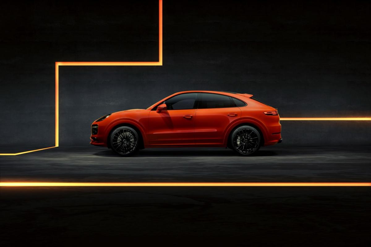 Điều này cho phép chiếc Cayenne GTS được Techart độ tăng tốc từ 0-100 km/h trong 3,6 giây (từ 4,5 giây) và đạt vận tốc tối đa 300 km/h, hơn 30,6 km/h so với chiếc GTS gốc.