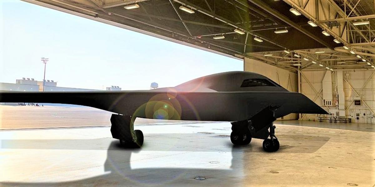 """""""Pháo đài bay"""" B-21 Raider Mỹ được cho có khả năng tiêu diệt tàu sân bay; Nguồn: popularmechanics.com"""