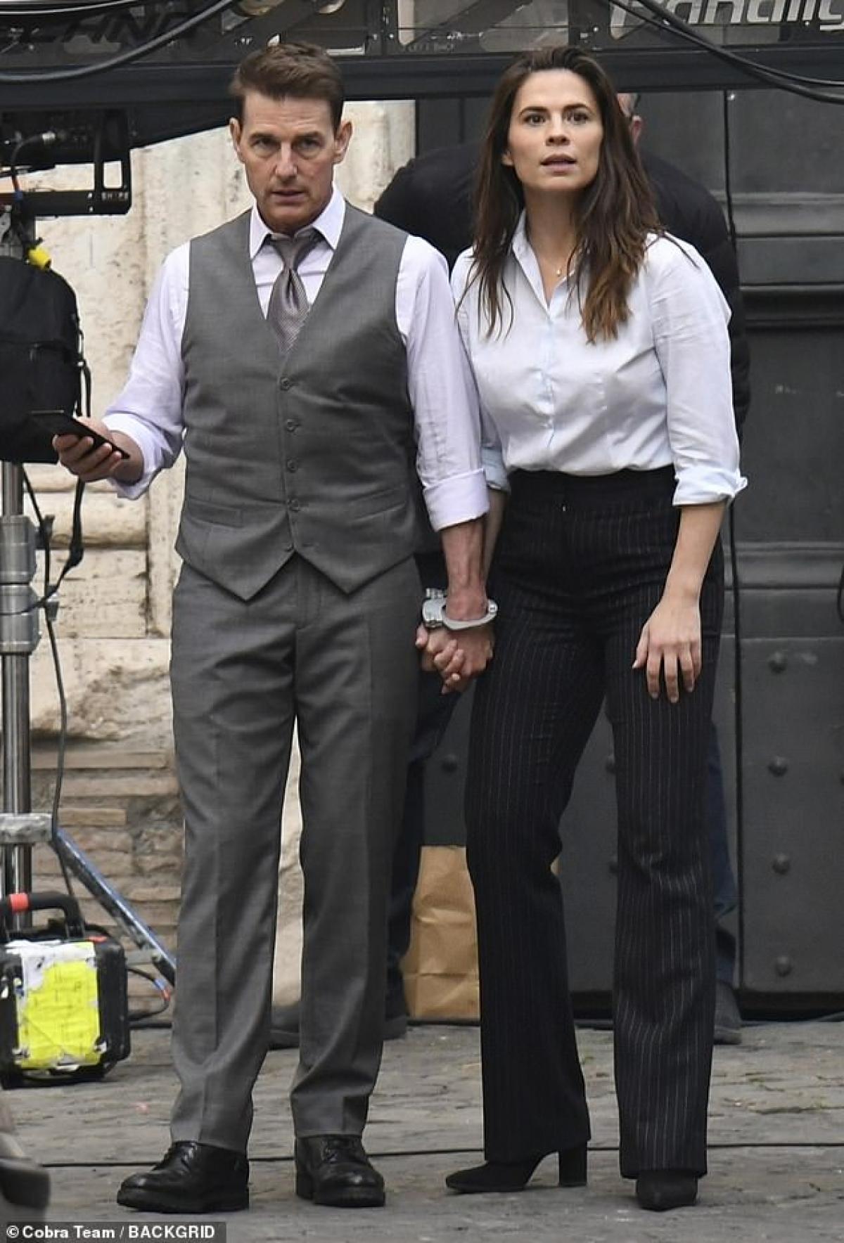 Tom Cruise đang bí mật hẹn hò với nữ diễn viên Hayley Atwell?