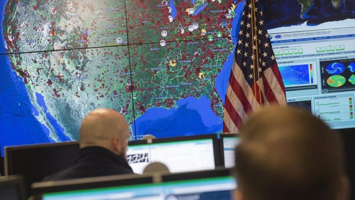 Nhiều cơ quan chính phủ và liên bộ Mỹ đang bị tin tặc tấn công - Ảnh: AFP