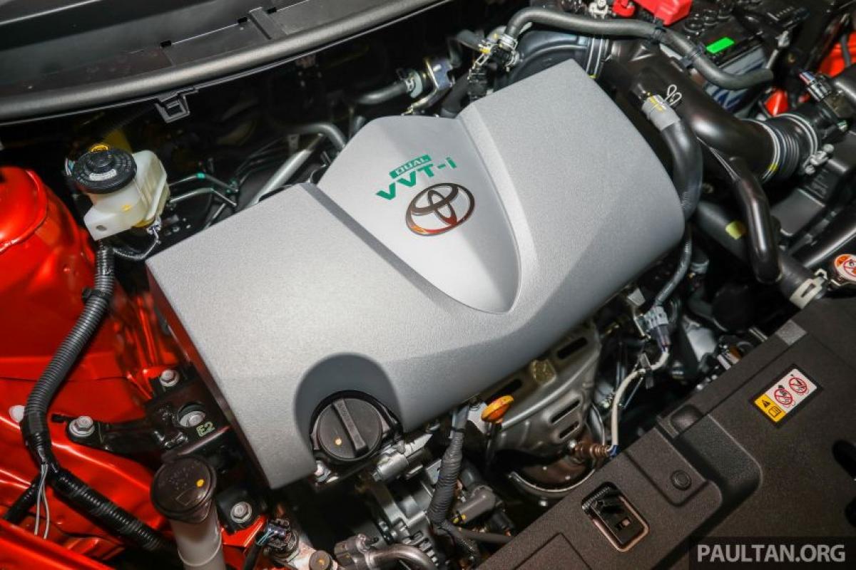 Ở bản Vios 2021 không có bất cứ thay đổi về động cơ, xe vẫn được trang bị động cơ 4 xi lanh 2NR-FE 1.5 L Dual VVT-I sản sinh công suất 104 mã lực và mô men xoắn 140 Nm, động cơ truyền động thông qua dẫn động cầu trước và hộp số tự động CVT giả lập 7 cấp.