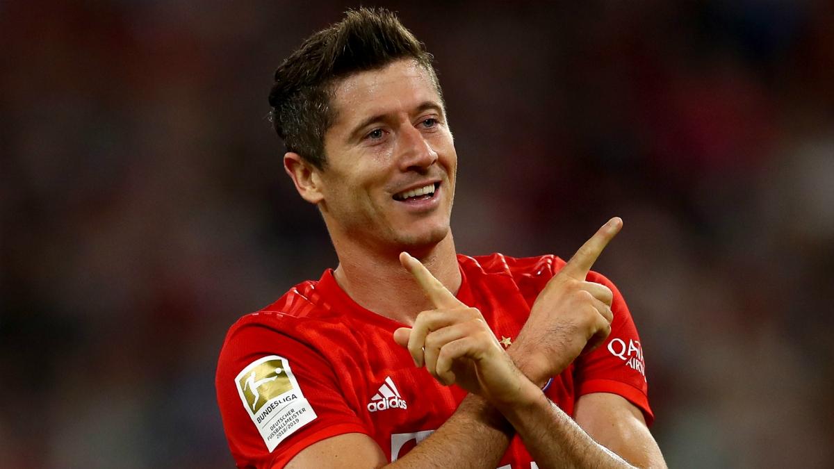 4. Robert Lewandowski (Borussia Dortmund, Bayern München) - 71 bàn thắng.