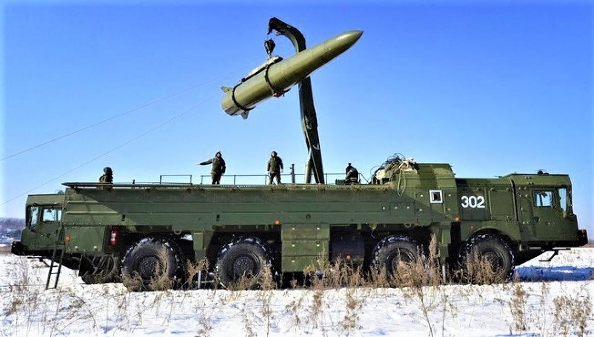 Tên lửa Iskander-M có thể mang đầu đạn hạt nhân của Nga. Nguồn: TASS