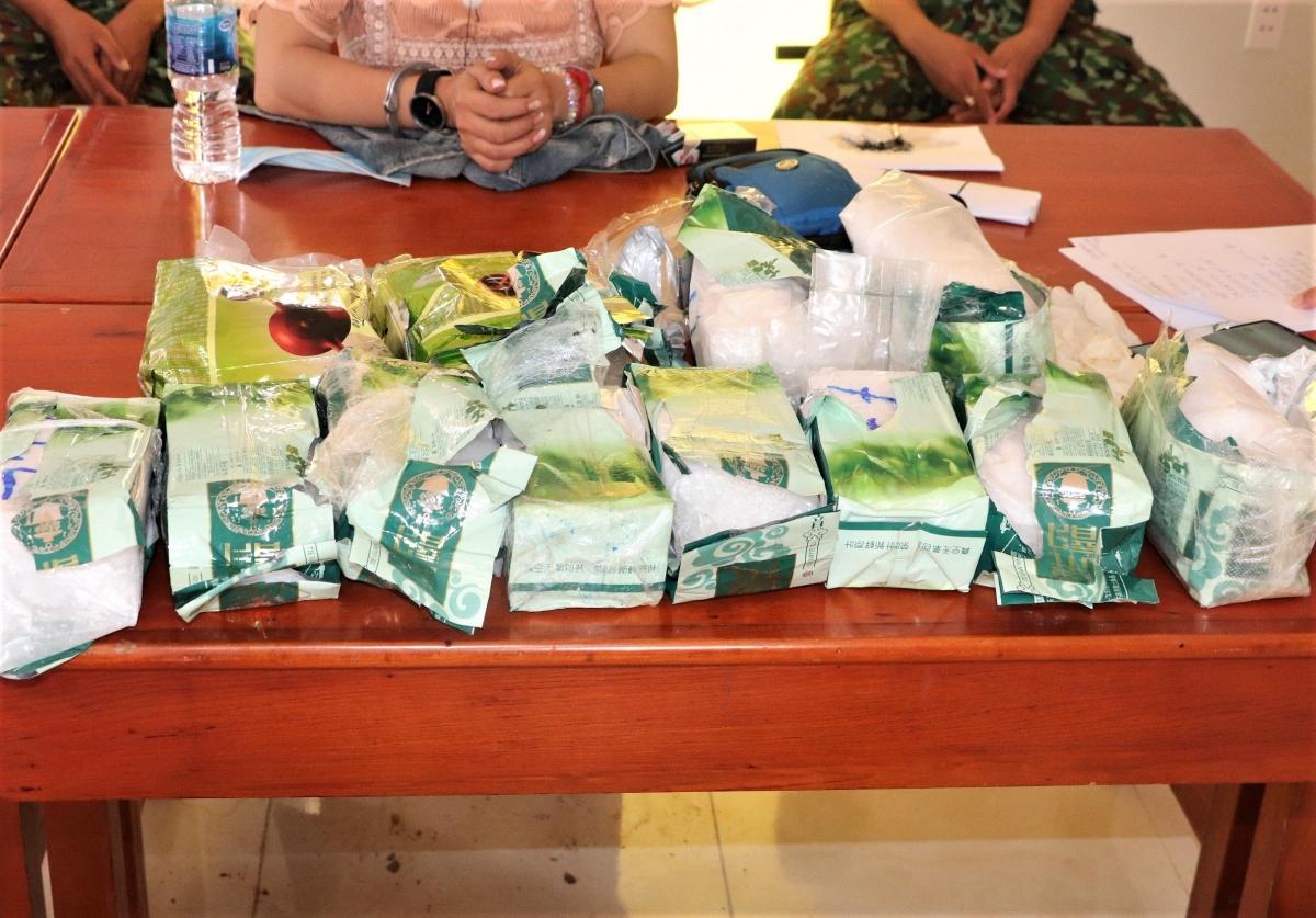 Số lượng lớn ma túy các đối tượng vận chuyển từ Campuchia về Việt Nam, bị Bộ độ biên phòng tỉnh An Giang bắt ngày 14/6.